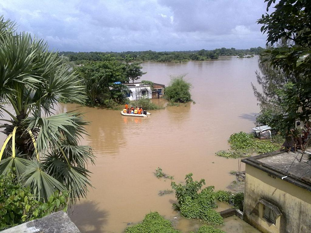 Imagine being a woman on her period in such floods. Credit: Wikimedia Commons