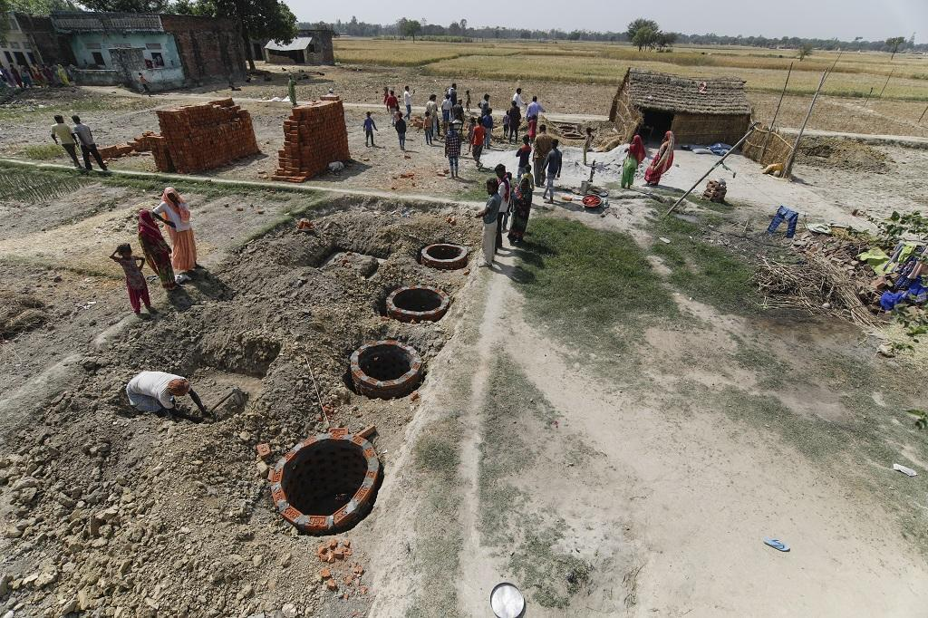 Swacch Bharat Mission-Rural aims to have 100 % households with individual toilets by October 2, 2019. Photo: Vikas Choudhary/CSE