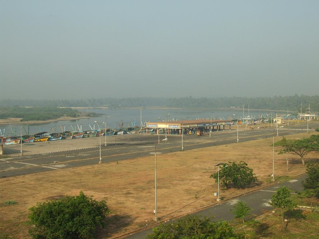 Under the 2011 Notification, the CRZ area along tidal influenced waterbodies extended to 100 m or the width of the waterbody on the landward side. In the new notification, this has been reduced to 50 m. Credit: Arnab Pratim Dutta/CSE