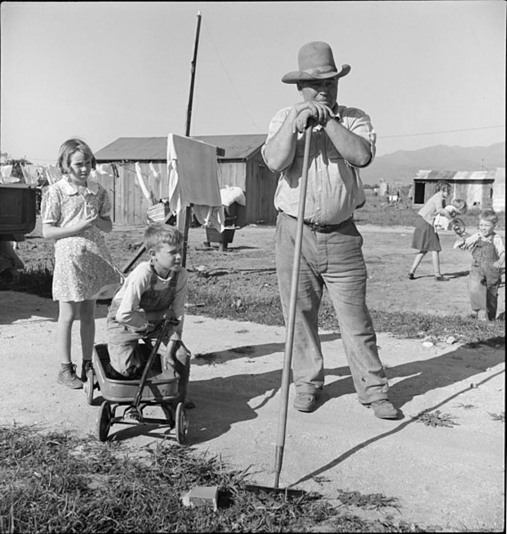 A family affected by the Dust Bowl in Oklahoma finds refuge on the outskirts of Salinas, California                Credit: Wikimedia Commons