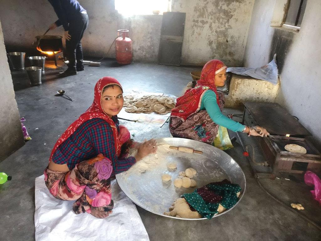 Close to 90 per cent schools  under the Mid Day Meal Scheme cook meals locally (Photo: Ananya Tewari)