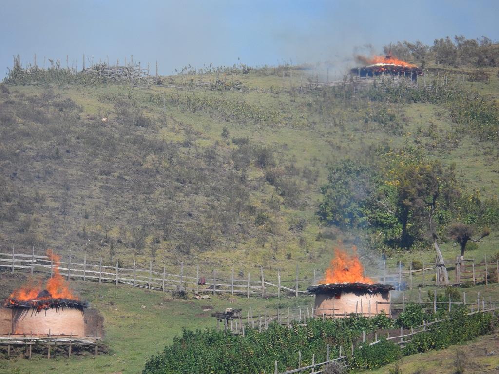 Burning Sengwer homes        Credit: Yator Kiptum