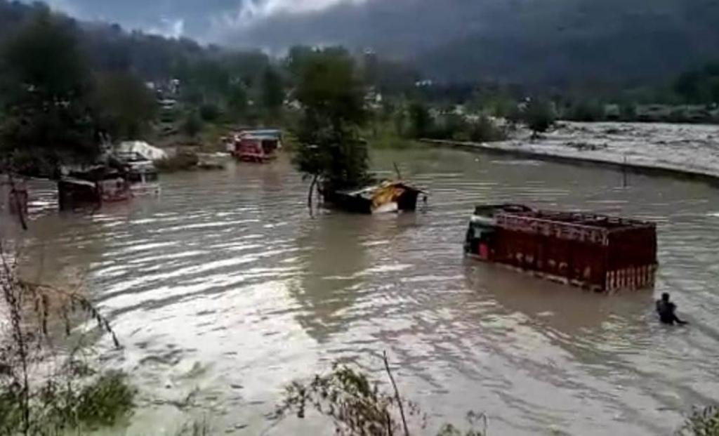 The floods in Himachal Pradesh are not going to abate anytime soon as most of the rivers and tributaries, especially the Beas, are still in furious spate. Credit: Om Prakash