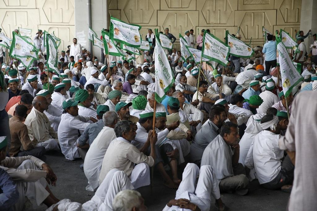 They demanded a full implementation of the recommendations of the Swaminathan Commission report, unconditional loan waiver and payment of their sugarcane dues. Also, they protested against increasing electricity and fuel prices and NGT ban on 10-year-old tractors. (Credit: Vikas Choudhary)