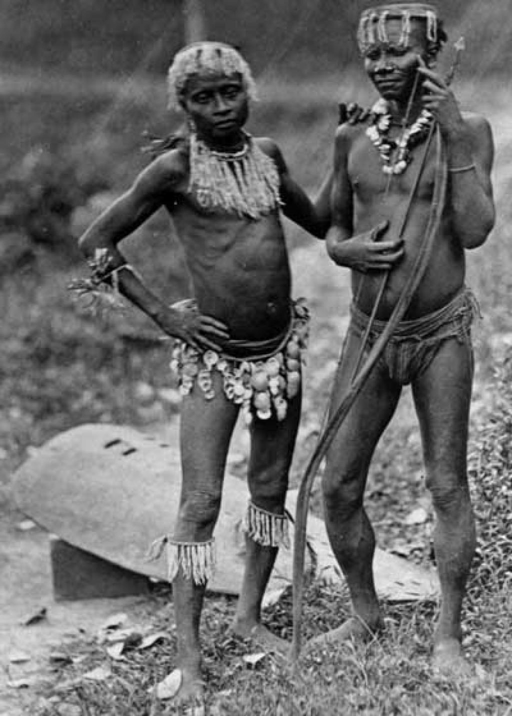 Two warriors of the Great Andamanese tribe circa 1875        Credit: Wikimedia Commons