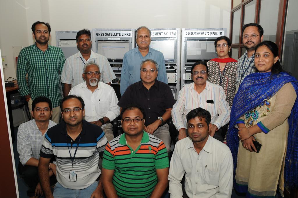 एनपीएल के शोधकर्ताओं की टीम