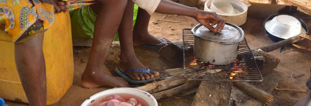 Africa faces vast rural-urban gap in access to power, clean cooking