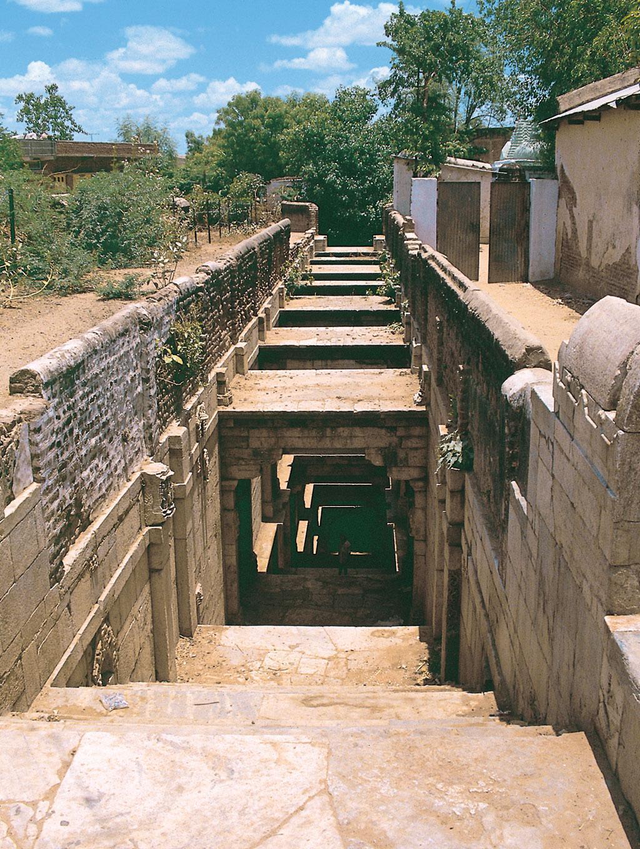 बनासकंठा जिले के पालनपुर की एक बावड़ी