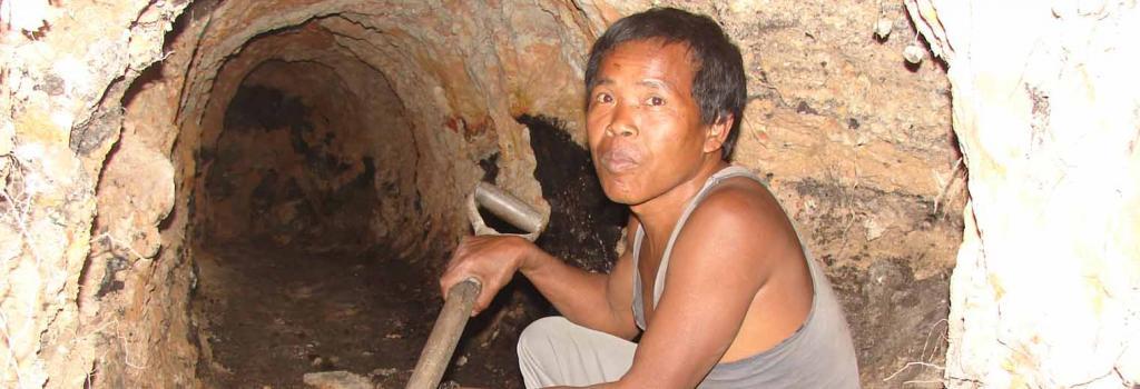 rat-hole mining