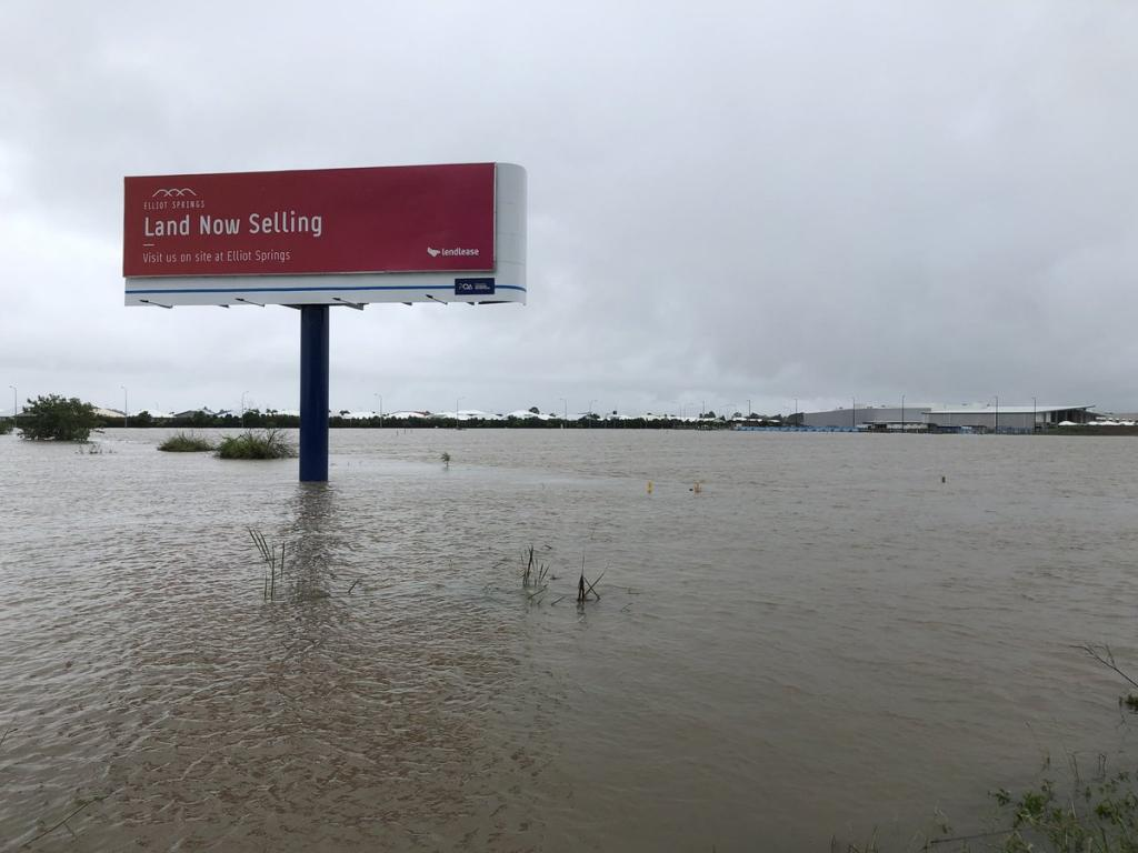 Up to 20,000 homes are at risk of being inundated if the rains continue, say media reports. Photo: Allyson Horn/Twitter