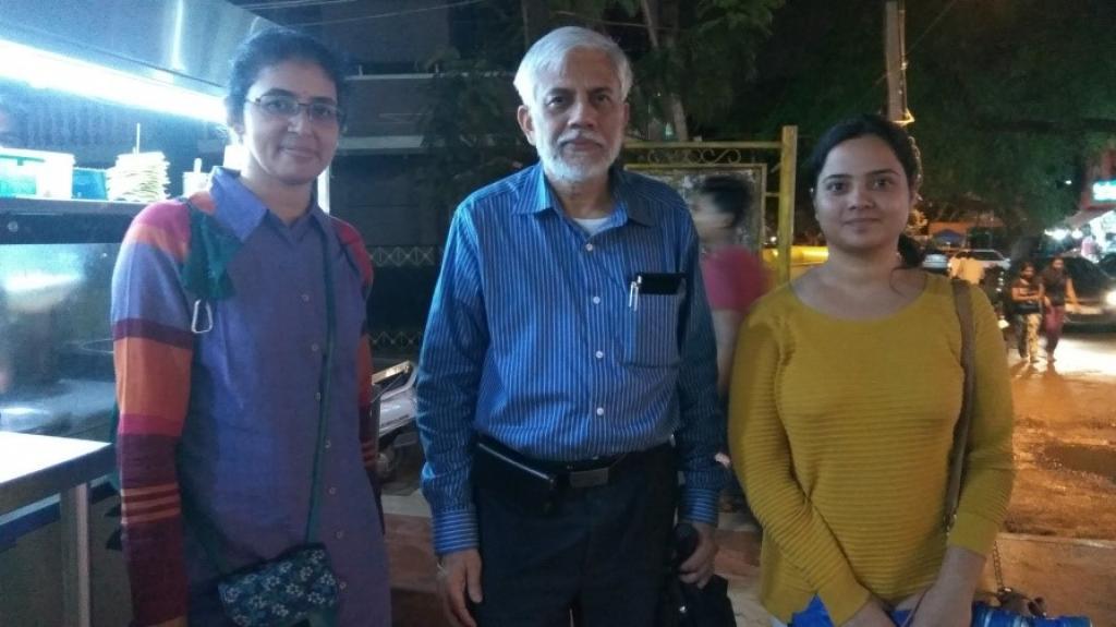 डॉ. सरिता विग, प्रो स्वर्ण घोष और राशी जैन (बाएं से दाएं)
