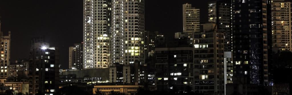 Artificial light in Mumbai. Photo: goodfreephotos.com