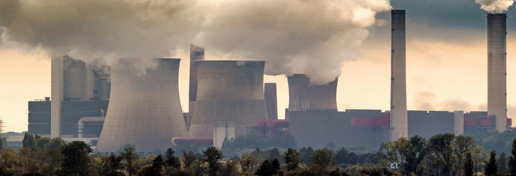 Satellite data can help tracking exact air pollution from power plants. Photo: Getty Images