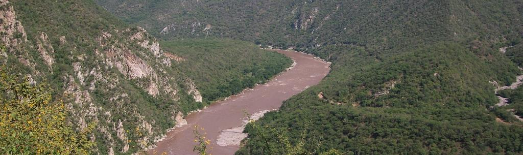 The Santiago river, one of the longest in Mexico, suffers from great erosion as it is dammed. Photo: Wikimedia Commons
