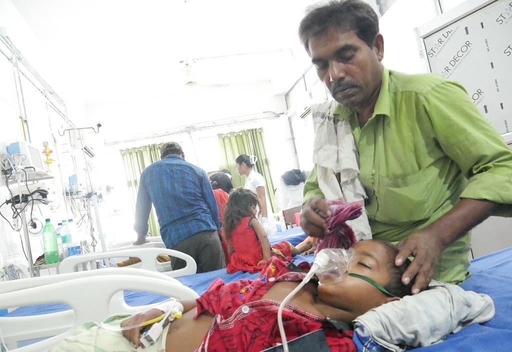 मुजफ्फरपुर के अस्पताल में भर्ती एक बच्चा। फोटो: पुष्यमित्र