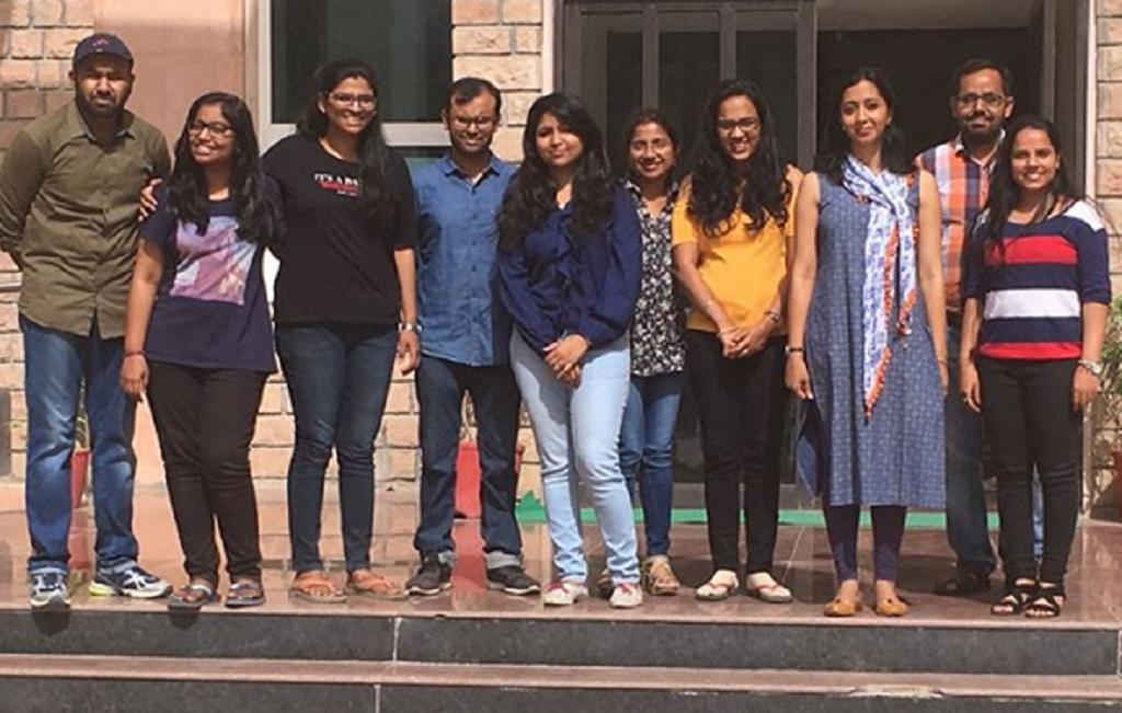 आईआईटी-जोधपुर में शोधकर्ताओं की युवा टीम के साथ डॉ सुष्मिता झा