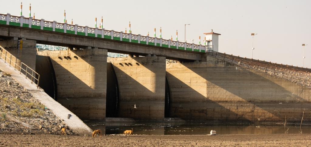 A drying reservoir in north Karnataka. Photo: Getty Images