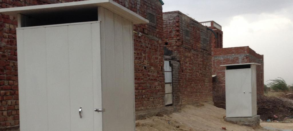 Toilets built in Jaipur. Photo: Wikimedia Commons