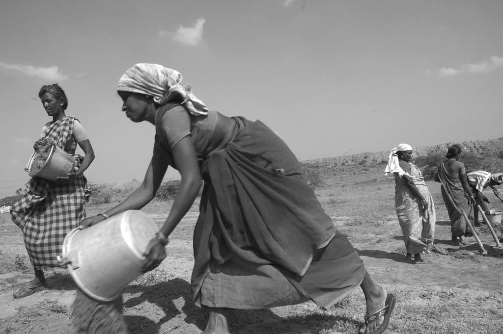 Mahatma Gandhi National Rural Employment Guarantee Scheme. Photo: Climatalk .in/Flickr