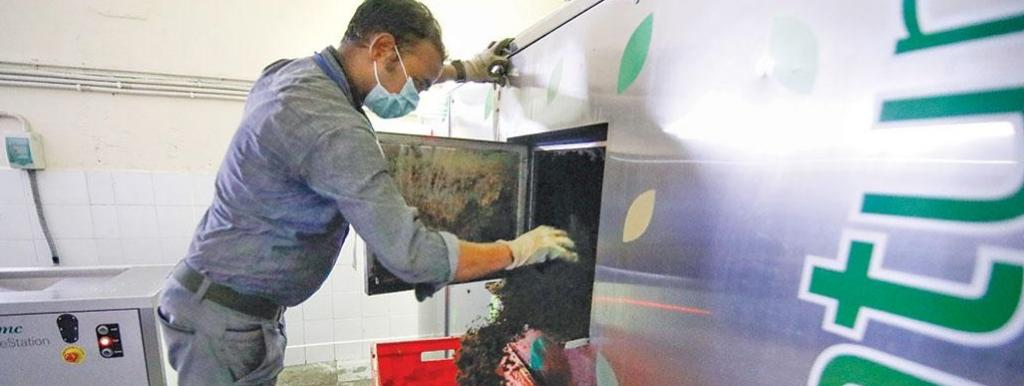 Residents associations say most machines promise instant compost but produce just ash. (Photo: Vikas Choudhary)