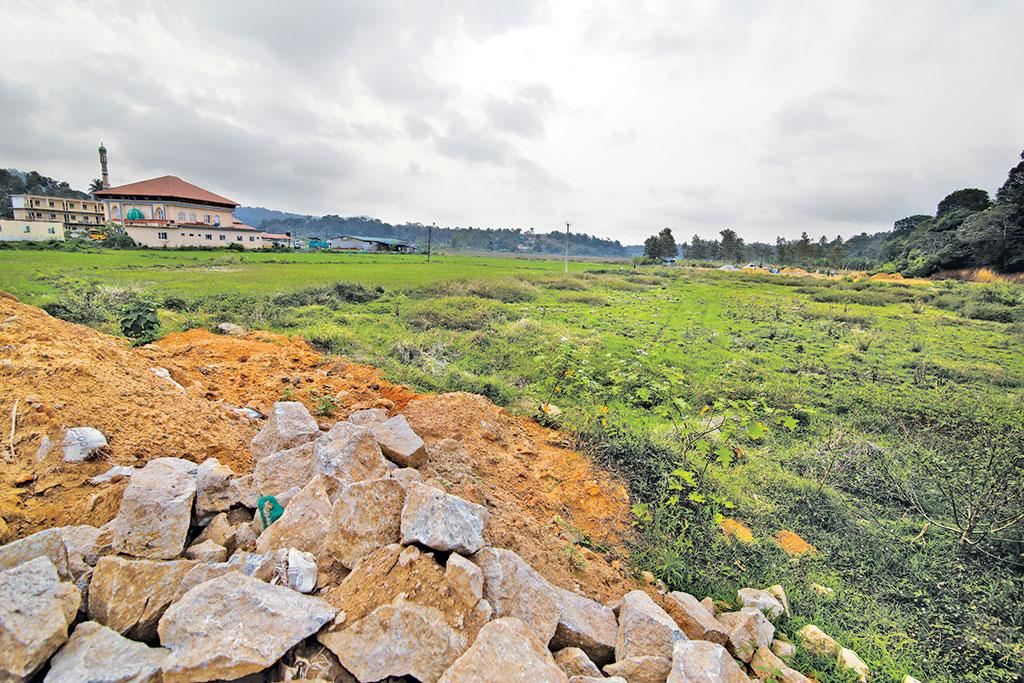 Tourist resorts  have replaced natural paddy fields that recharge groundwater (Photographs: Vikas Choudhary/cse)