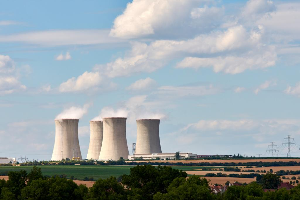 The Australian parliamentary committee will examine a broad range of issues related to nuclear power. Photo: Shutterstock