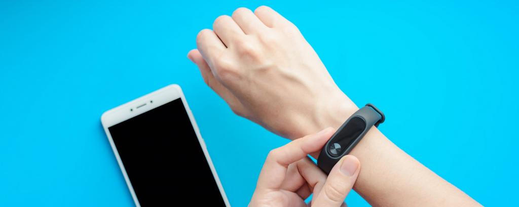 A fitness tracker is a typical example of a flexible electronics device. Photo: Getty Images