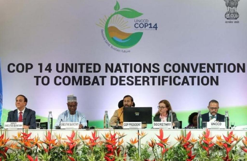 यूएनसीसीडी कॉप 14 के समापन अवसर पर भारत के पर्यावरण मंत्री प्रकाश जावडेकर ने नई दिल्ली घोषणा पत्र जारी किया। Photo: DDIndiaLive