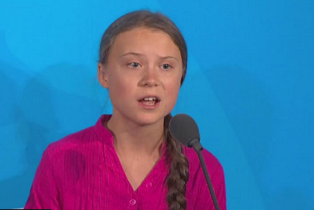 संयुक्त राष्ट्र के जलवायु परिवर्तन एक्शन समिट को संबोधित करती 16 साल की जलवायु कार्यकर्ता ग्रेटा थुनबर्ग