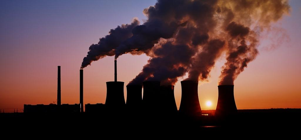 fossil fuel emissions. Photo: Getty Images