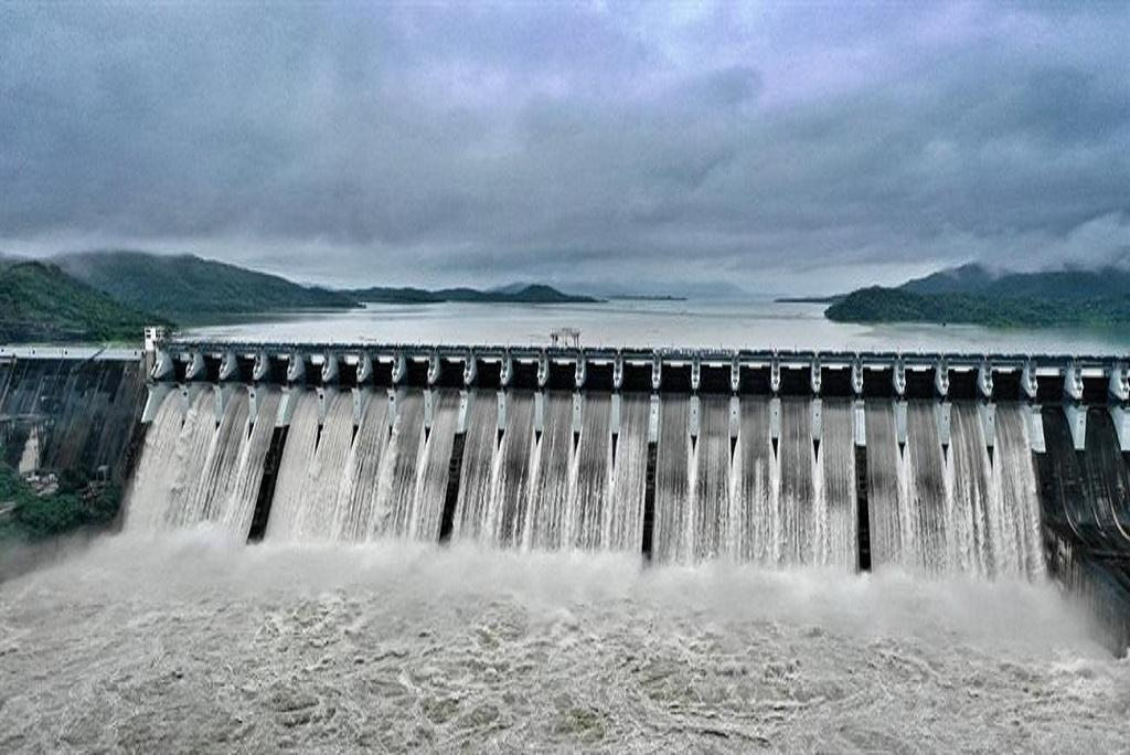 Photo:http://www.sardarsarovardam.org/