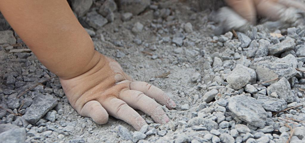Child labour in stone crushing units. Photo: Getty Images