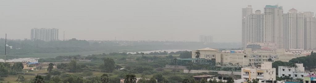 Smog over Chennai. Photo: Mass Vinks @ImVin45 / Twitter