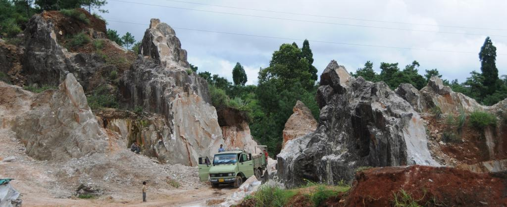Severe pollution caused in Meghalaya due to illegal mining, says CAG report