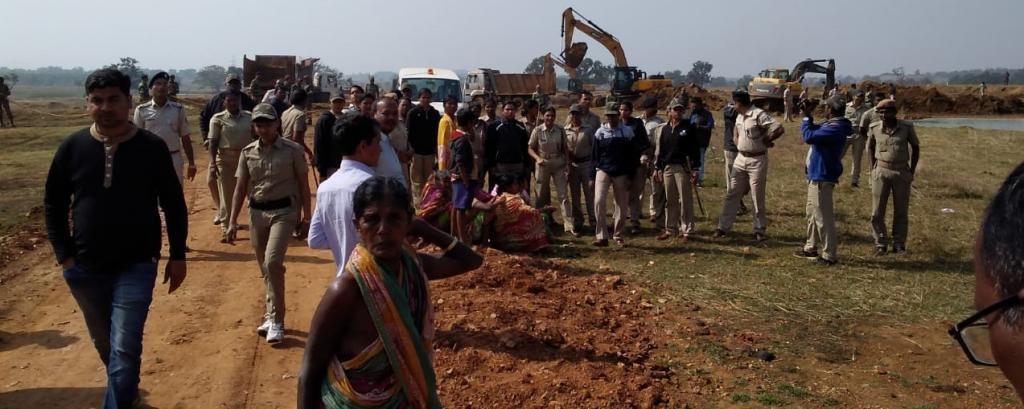 Tribal women in Odisha attempt mass suicide over rail track construction. Photo: Ashis Senapati