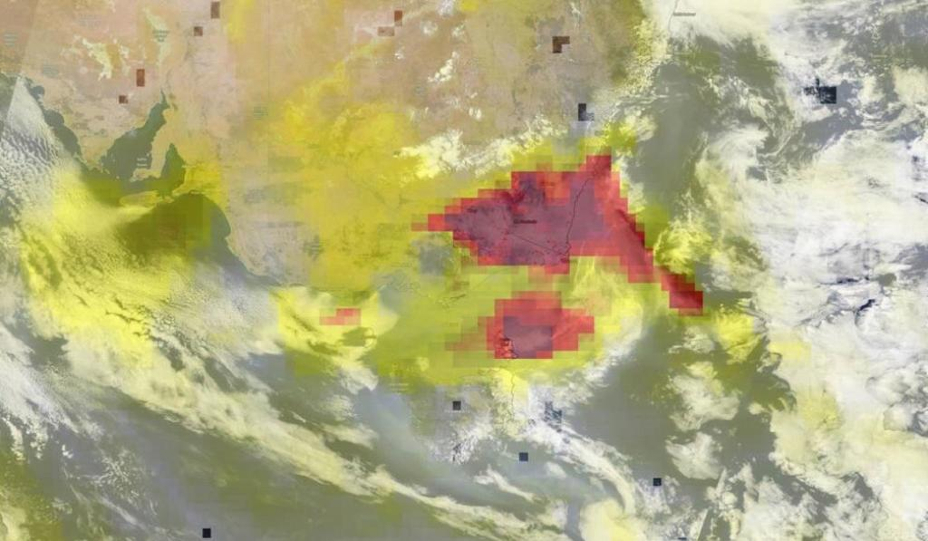 This image shows the formation of aerosols (in yellow) in those areas that are still burning (in red) in eastern Australia. Photo: Nasa