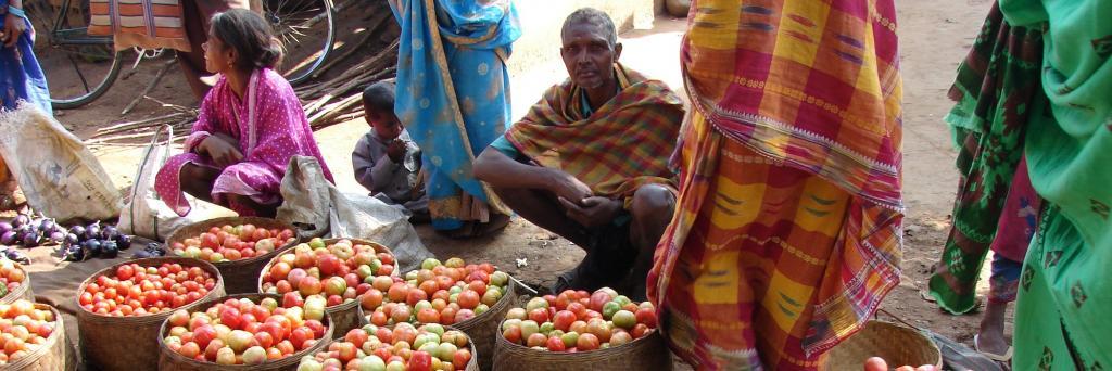 A vegetable market in Rayagada, Odisha. Photo: Supriya Singh/CSE