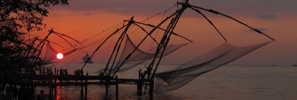 A Chinese fishing net in Kochi, Kerala. Photo: Chandrika Nair / Flickr