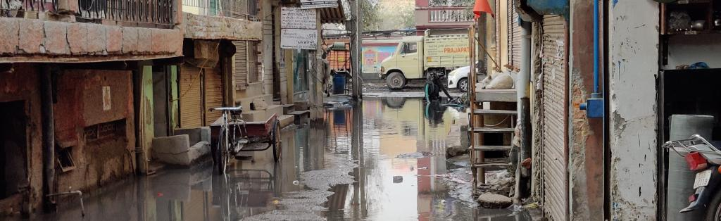 Water being pumped out of a water-logged street in Delhi's Sangam Vihar. Photo: CSE