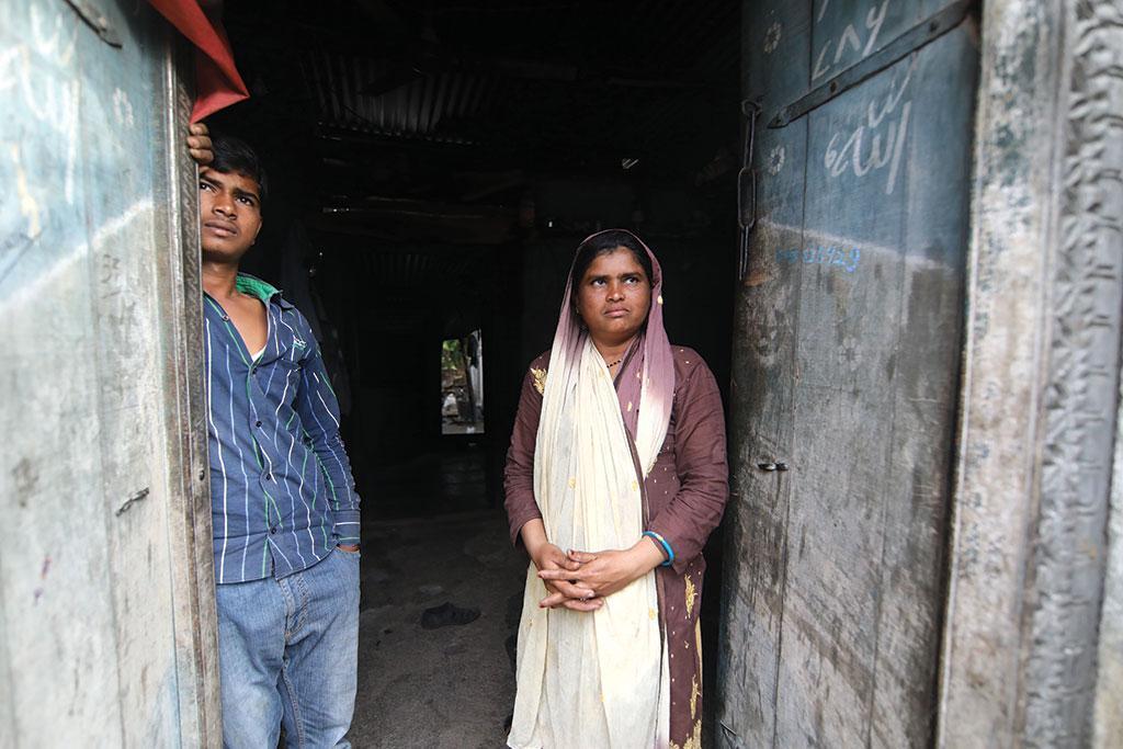 महाराष्ट्र की बीड जिले की अफरीन रहीम शेफ का गर्भाशय केवल 27 साल की उम्र में डॉक्टरों ने निकलवाया लिया। फोटो: विकास चौधरी