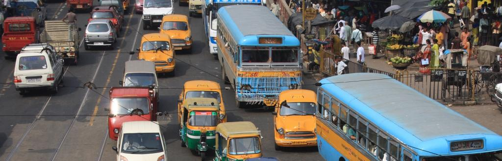 Most people in Kolkata live within 500 metres of busy roads and streets, exposing them to air pollution Photo: Wikimedia Commons