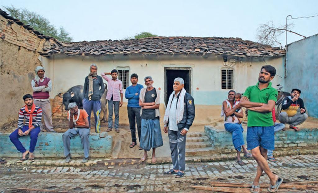 यह है उत्तर प्रदेश के फतेहपुर जिले का गांव गढ़ी, जहां से बड़ी संख्या में पलायन हो चुका है। फोटो: विकास चौधरी