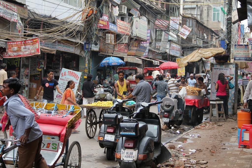 A crowded Delhi street. Photo: Needpix