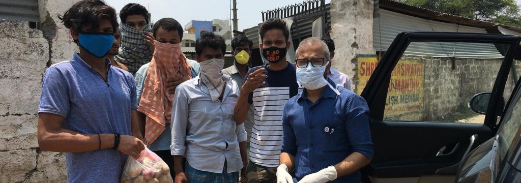COVID-19: Odisha doctors help state's stranded migrants in Telangana
