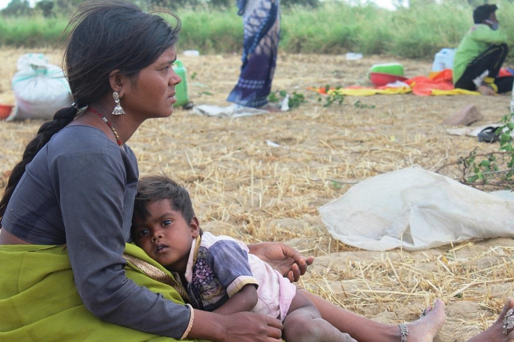 विभिन्न इलाकों में फंसे हैं मध्यप्रदेश के प्रवासी खेतिहर मजदूर
