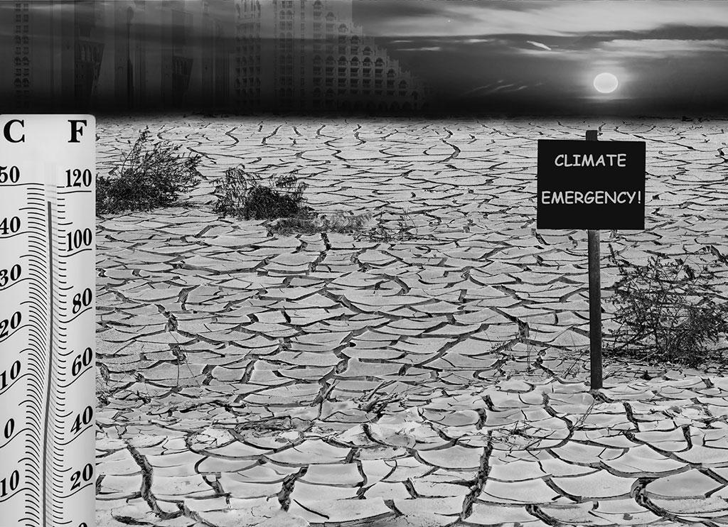 दुनिया के आगे दो बड़े खतरे हैं। एक है परमाणु युद्ध का बढ़ता खतरा और दूसरा ग्लोबल वार्मिंग जैसा वैश्विक खतरा। ये दोनों खतरे बढ़ते जा रहे हैं