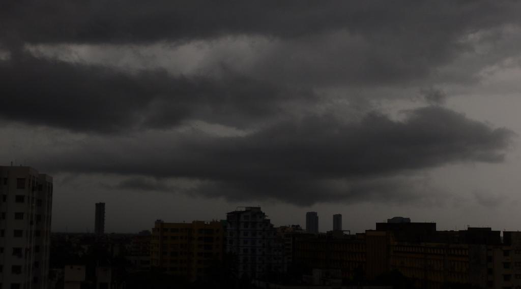 Cyclone Amphan is stronger than Cyclone Alia that struck Kolkata in 2009. Photo: Medha Basu