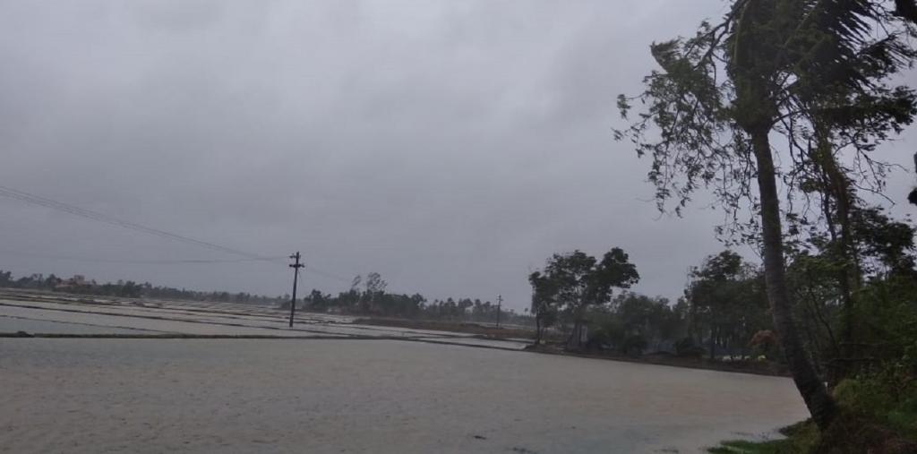 Super Cyclone Amphan hit the coastal Odisha on May 20, triggering massive tidal flooding in low-lying seaside regions. Credit: Ashis Senapati