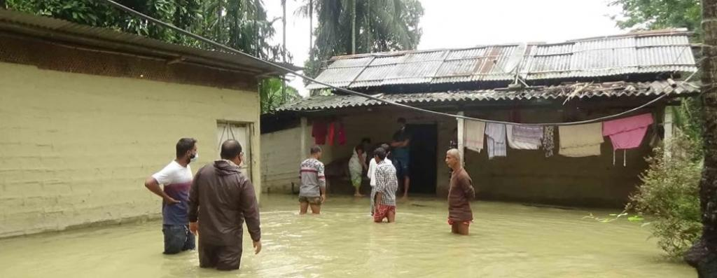 Flood Waters of the Buhradia river submerge twelve villages under Paschim Nalbari revenue circle in Assam. Photo: @airnewsalerts