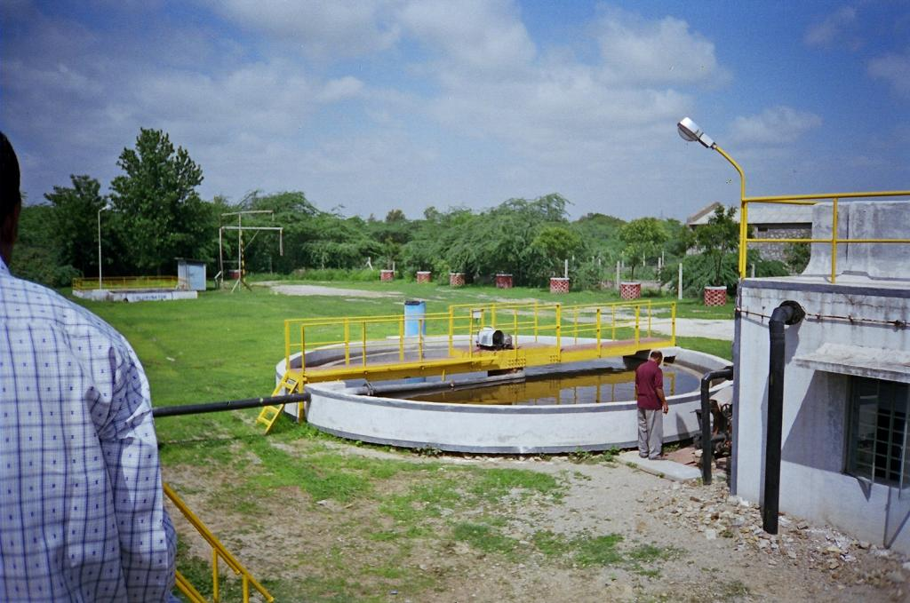 The Swachh Bharat Mission 2 may introduce a one sewage treatment plant (STP) per town, nullah-based treatment approach for urban towns. Photo: CSE / DTE